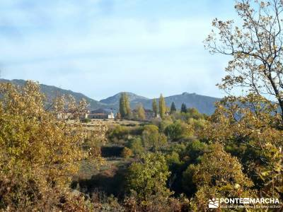 Riaza - Robledal de Hontanares; mochila montaña nacedero urederra single madrid